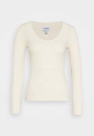 VMMACI UNECK - Pullover - birch