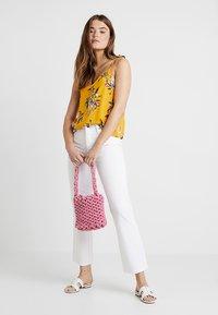 Ivy Copenhagen - FRIDA - Straight leg jeans - white - 1