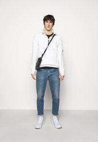 C.P. Company - Sweatshirt - gauze white - 1