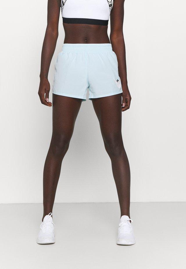 RUN SHORT - Pantalón corto de deporte - glacier blue