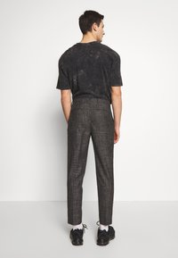 Shelby & Sons - ELDRED TROUSER - Pantaloni - charcoal - 2
