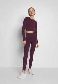ONLY Play - ONPJAVA CIRCULAR CROPPED - Treningsskjorter - fig - 1