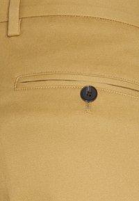 Jack & Jones PREMIUM - JJIBILL JJBRAD CROPPED - Trousers - beige - 3