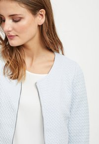 Vila - VINAJA NEW SHORT JACKET - Summer jacket - blue haze - 3