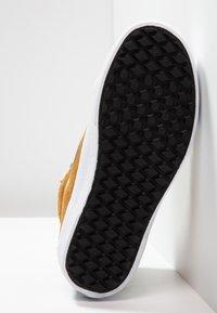 Vans - SK8-HI MTE - Sneaker high - orche - 4