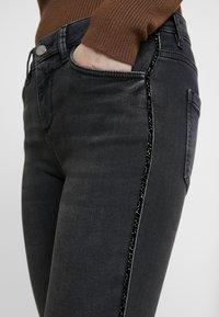 comma - Jeans Skinny Fit - black denim - 4