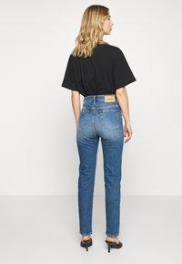 Diesel - D-EISELLE - Slim fit jeans - indigo - 2