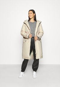 Scotch & Soda - OVERSIZED LONGER LENGTH JACKET - Parka - icy white - 1