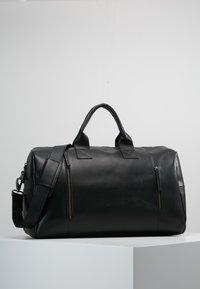 Still Nordic - CLEAN BAG - Bolsa de fin de semana - black - 0
