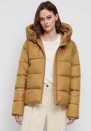 Winter jacket - apple cinnamon