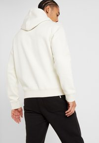 Champion - HOODED - Hoodie - off-white - 2