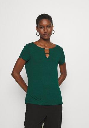 Basic T-shirt - laguna green