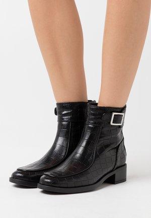 ENDO - Classic ankle boots - black malasia