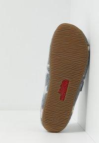Living Kitzbühel - Domácí obuv - grau - 5