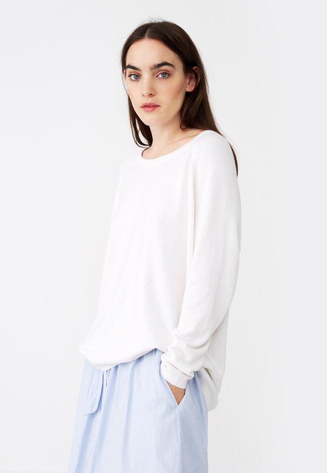 LEA - Jumper - white