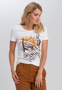 Marc Aurel - Print T-shirt - white varied - 0
