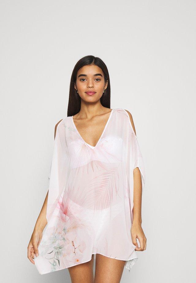 Strand accessories - white