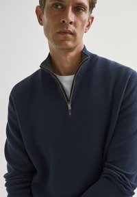 Massimo Dutti - COTTON/SILK MOCK - Sweatshirt - dark purple - 2