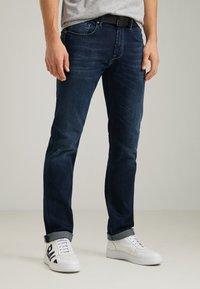 Baldessarini - Straight leg jeans - blue buffies - 0