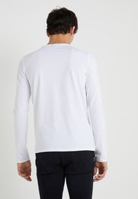 Emporio Armani - Camiseta de manga larga - white - 2