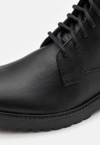 Zign - UNISEX - Lace-up ankle boots - black - 5