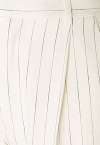 Hope - ALTA TROUSERS - Trousers - offwhite - 6