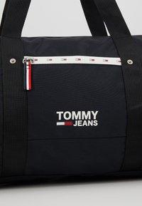 Tommy Jeans - COOL CITY DUFFLE - Torba weekendowa - black - 7