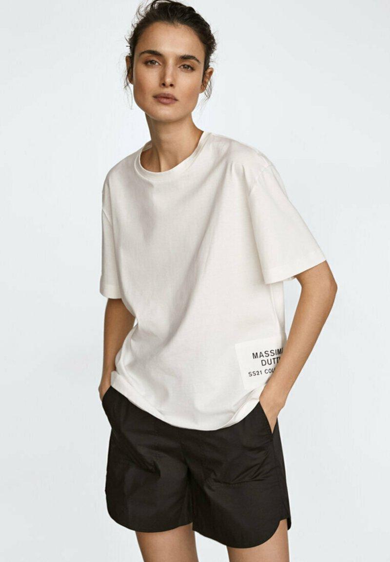 Massimo Dutti - MIT PATCH - T-shirt imprimé - white