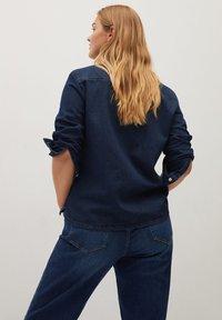 Violeta by Mango - ESTRELLA - Button-down blouse - intenzivní tmavě modrá - 2