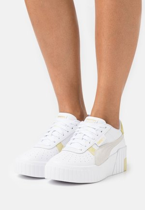 CALI WEDGE MIX - Trainers - white/yellow pear