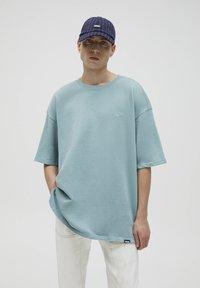 PULL&BEAR - T-shirt - bas - green - 0