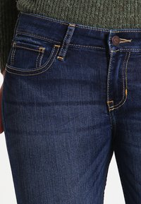 Hollister Co. - LOW RISE MEDIUM SUPER SKINNY - Skinny džíny - blue denim - 3