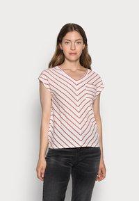 comma casual identity - KURZARM - T-shirt print - white doub - 0