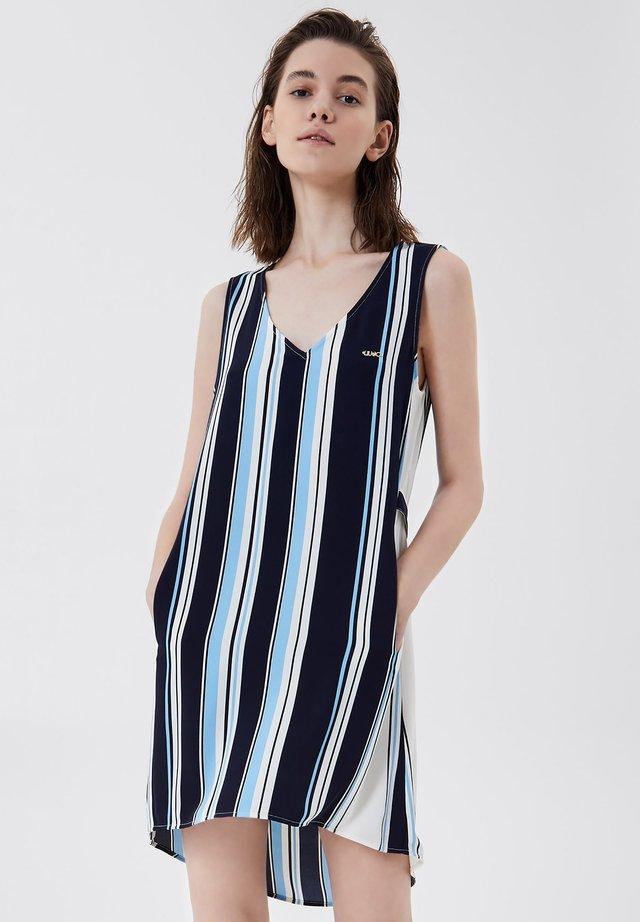 Sukienka letnia - stripes/blue