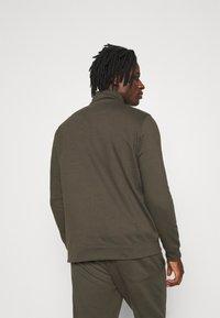 Burton Menswear London - REGULAR FIT ZIP AND JOGGER SET - Sweater - khaki - 3