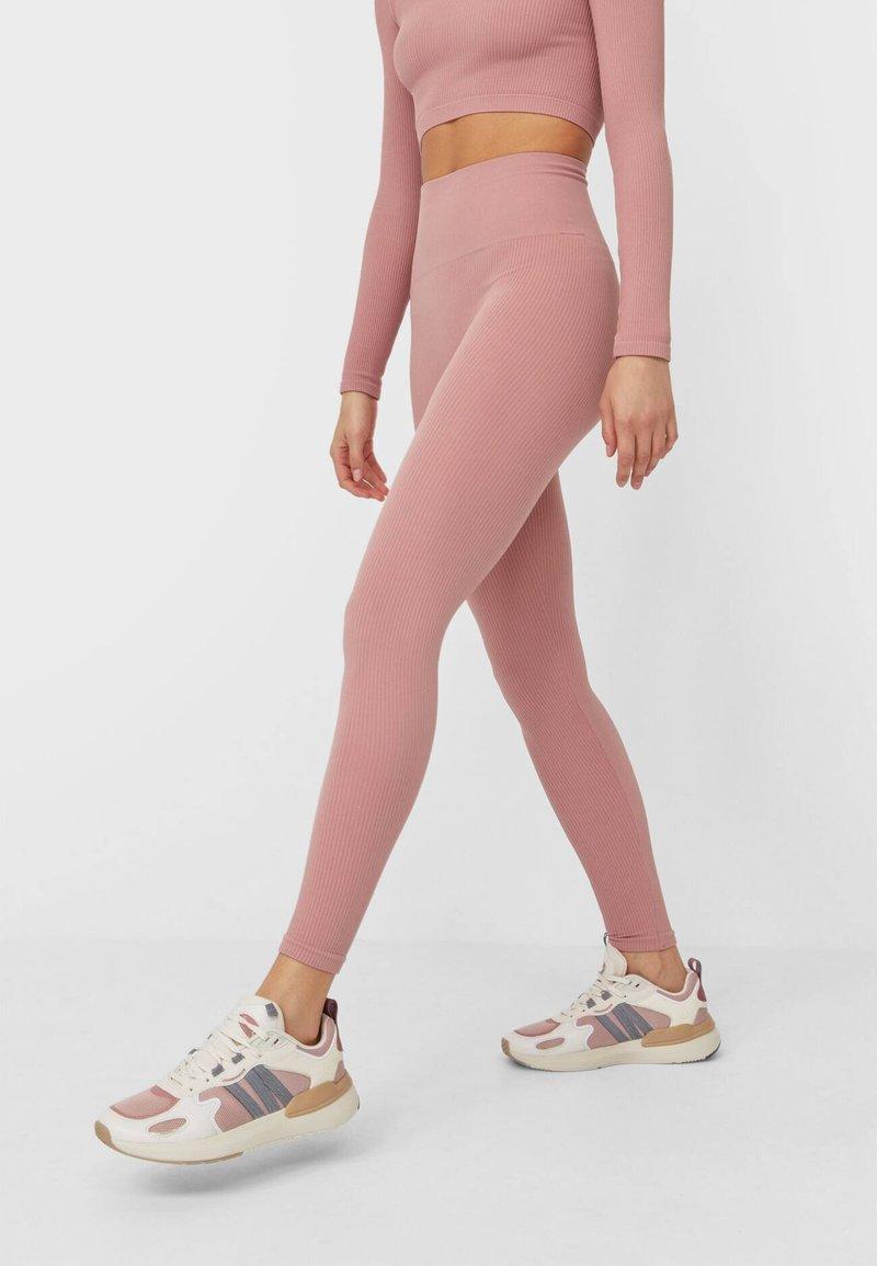 Stradivarius - Legging - pink