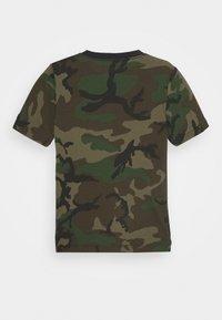 Jordan - JUMPMAN CLASSICS CAMO - Print T-shirt - multi coloured - 1