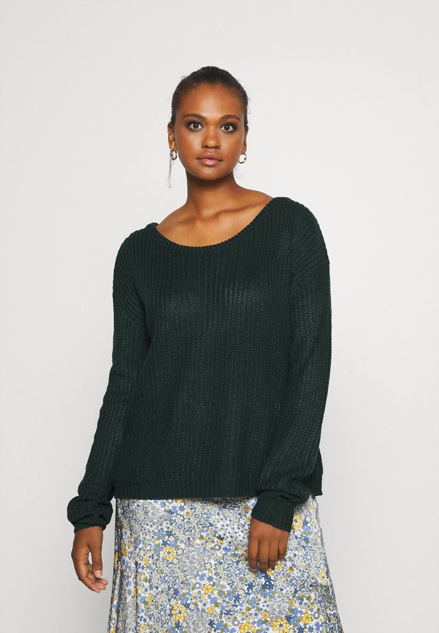 OPHELITA OFF SHOULDER JUMPER - Jumper - forest green