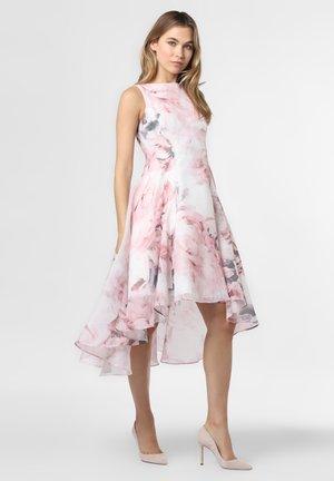 Sukienka koktajlowa - weiß rosa