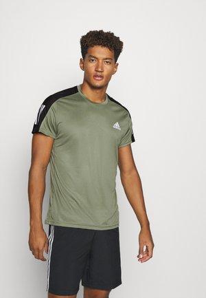 RESPONSE RUNNING SHORT SLEEVE TEE - Print T-shirt - legacy green/reflective silver