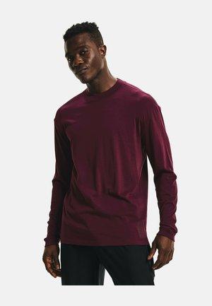 RUN ANYWHERE LONG SLEEVE - Sports shirt - red
