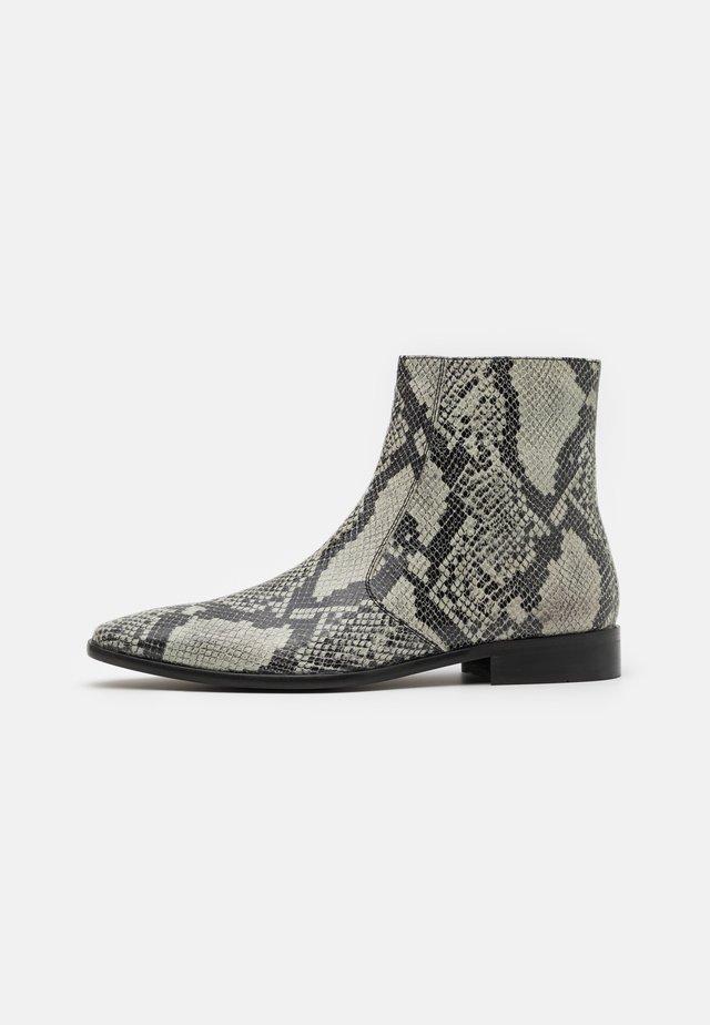 Støvletter - black/grey