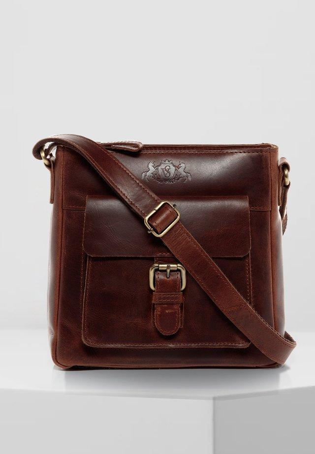 SCHULTERTASCHE - YALE - Across body bag - braun-cognac