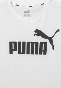 Puma - LOGO TEE UNISEX - Print T-shirt - puma white - 2