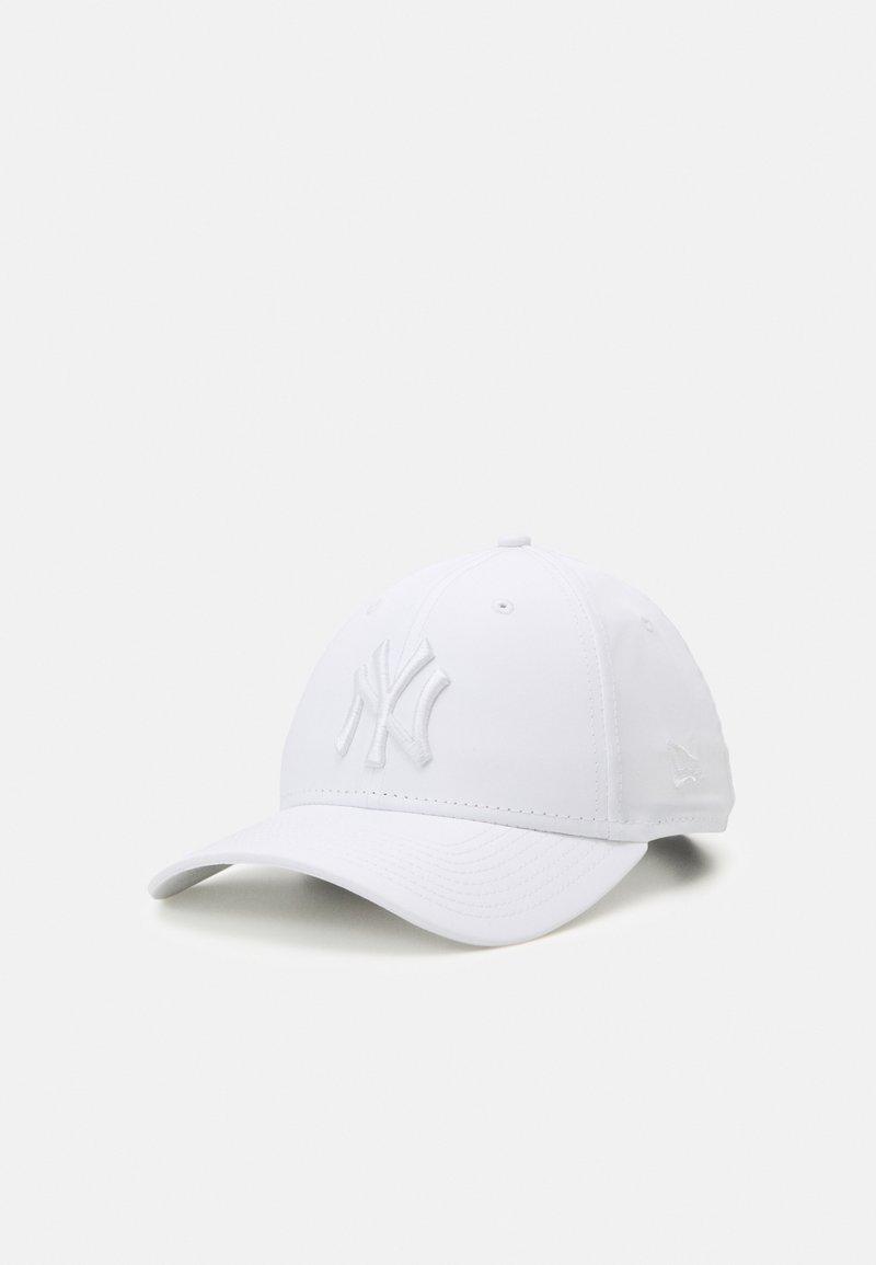 New Era - TONAL 9FORTY UNISEX - Czapka z daszkiem - white