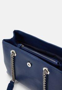 Valentino by Mario Valentino - DIVINA - Handbag - blu - 2