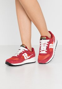 Saucony - SHADOW VINTAGE - Trainers - summer fig/dahlia - 0
