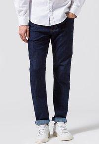 BRAX - STYLE COOPER  - Straight leg jeans - blue black - 0