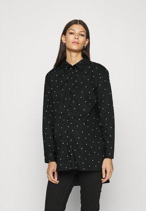 PCMELOISE LONG - Overhemdblouse - black