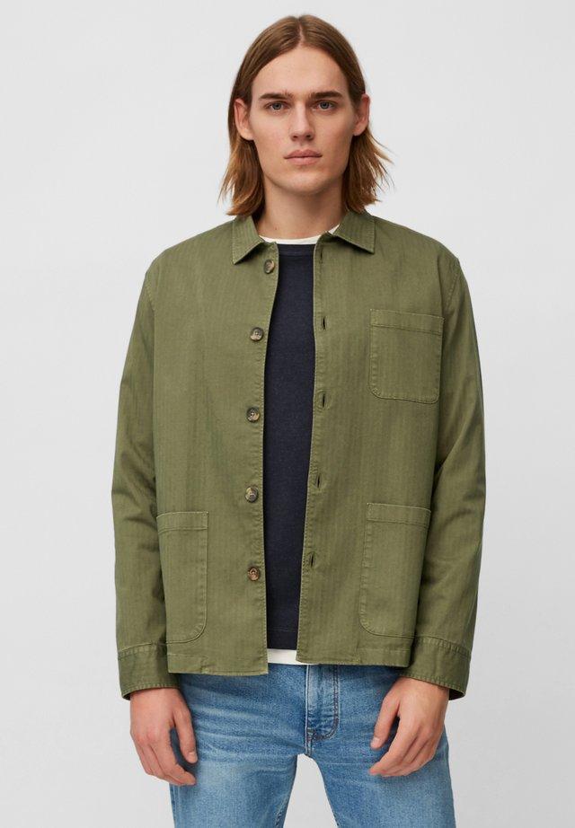 Summer jacket - aged oak